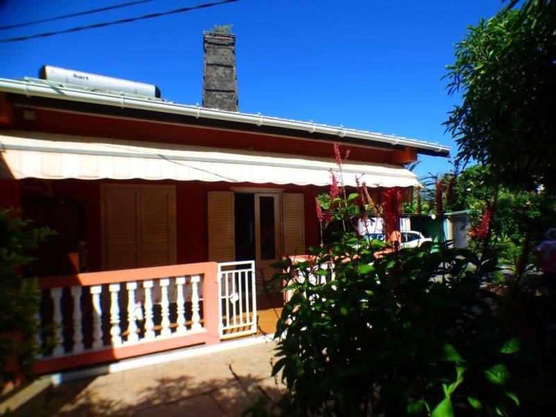 Sale house / villa Les avirons 170000€ - Picture 2