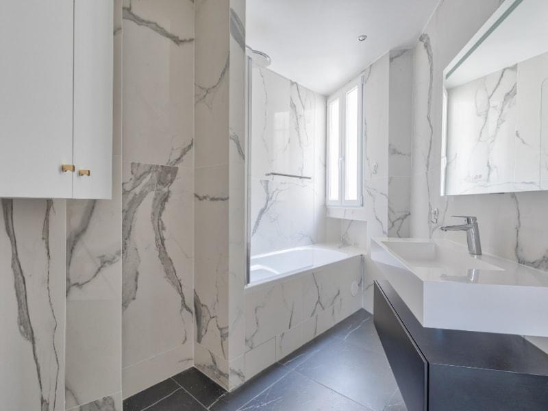 Rental apartment Paris 8ème 4000€ CC - Picture 9