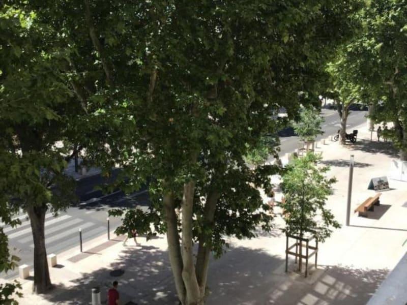 Location appartement Aix en provence 1250€ CC - Photo 4