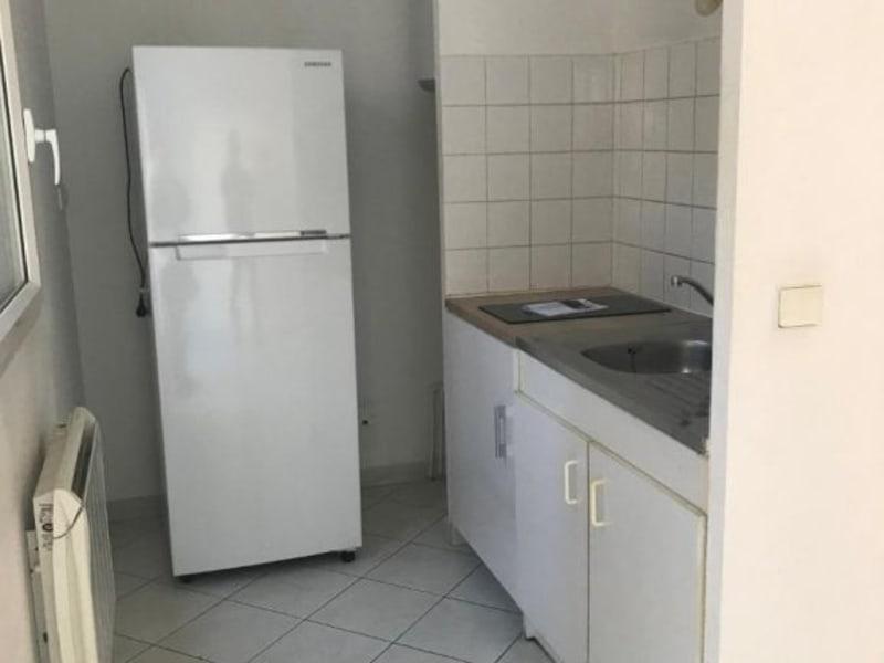 Location appartement Aix en provence 650€ CC - Photo 2