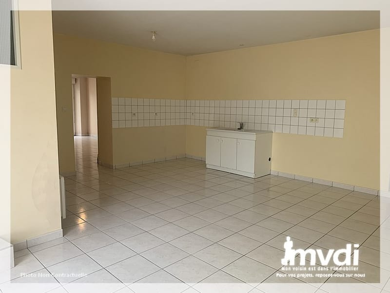 Rental house / villa Saint christophe la couperie 642€ CC - Picture 4