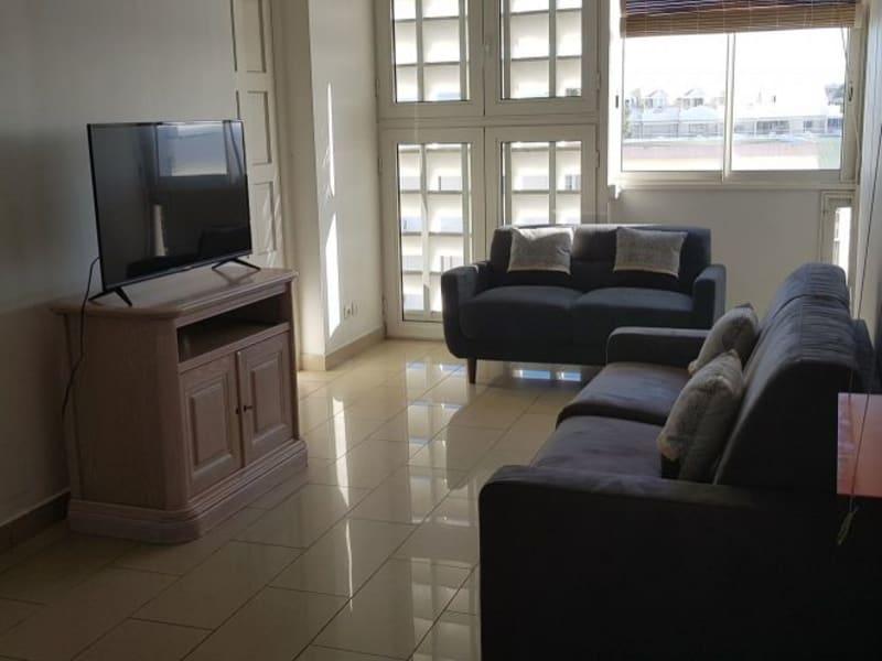 Location appartement St denis 1230€ CC - Photo 2