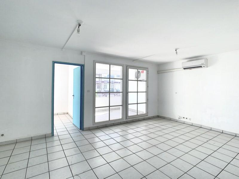 Rental apartment Le port 548,38€ CC - Picture 2