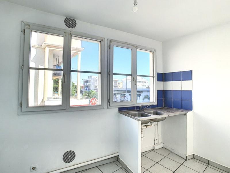 Rental apartment Le port 548,38€ CC - Picture 4