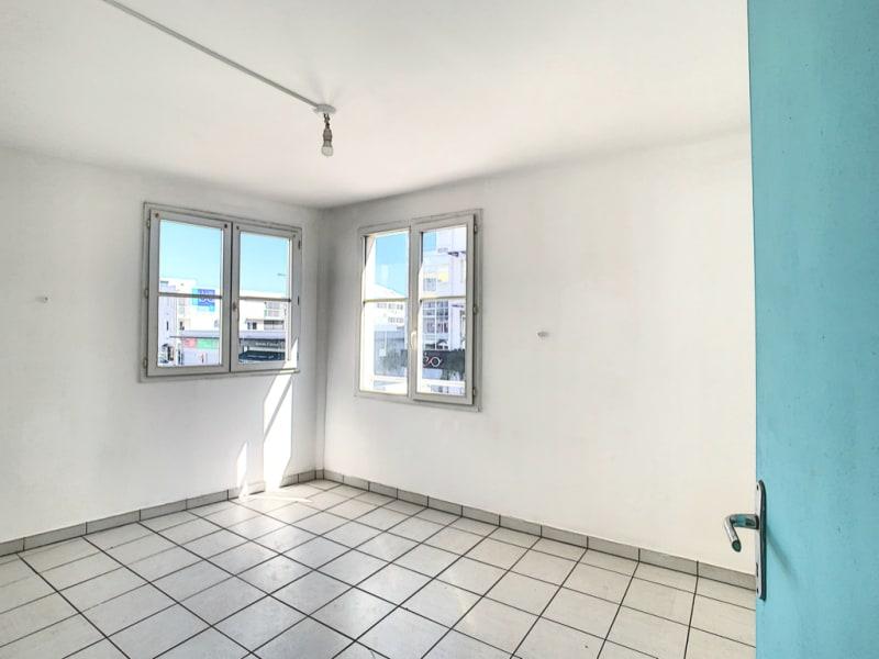 Rental apartment Le port 548,38€ CC - Picture 5