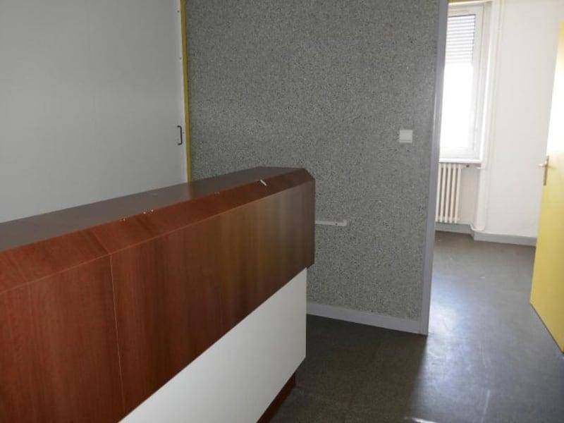 Rental empty room/storage Montreal la cluse 807€ HC - Picture 4