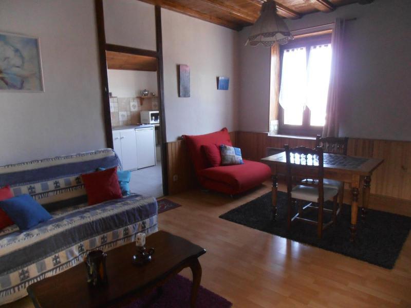 Location appartement Martignat 344€ CC - Photo 3