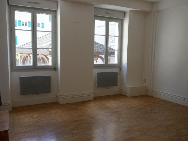 Rental apartment Nantua 400€ CC - Picture 2
