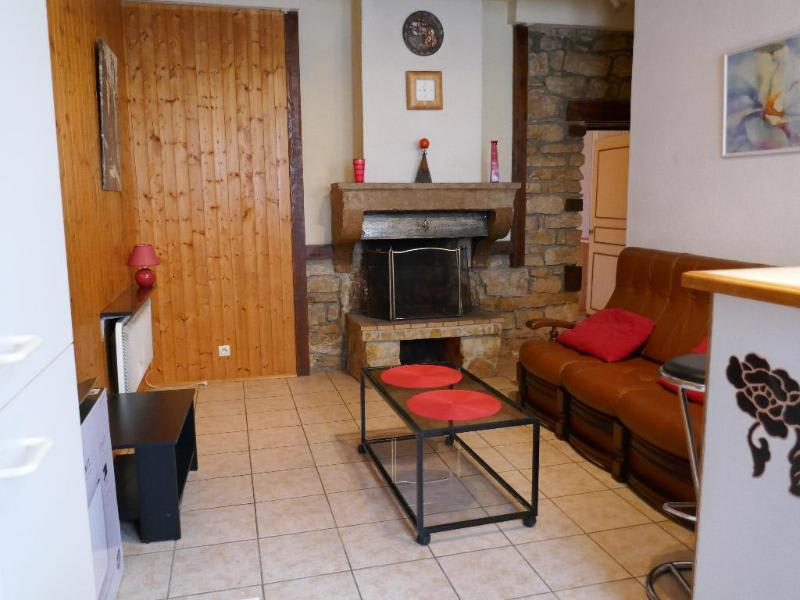 Rental apartment Martignat 352€ CC - Picture 1