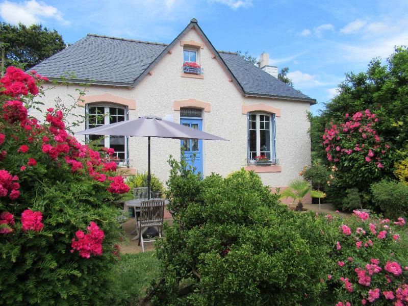 Sale house / villa Quimper 335500€ - Picture 1