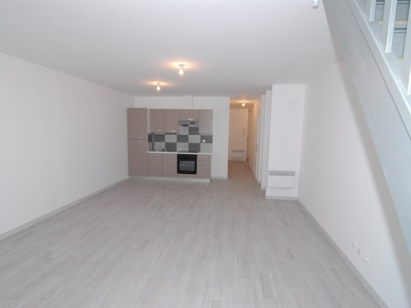 Rental apartment Montlhéry 935€ CC - Picture 2