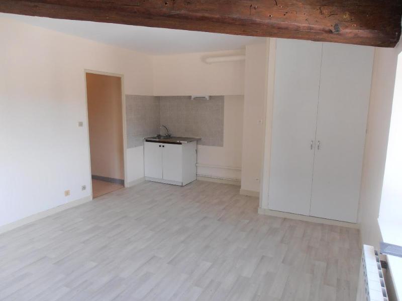 Rental apartment St martin du fresne 369€ CC - Picture 2