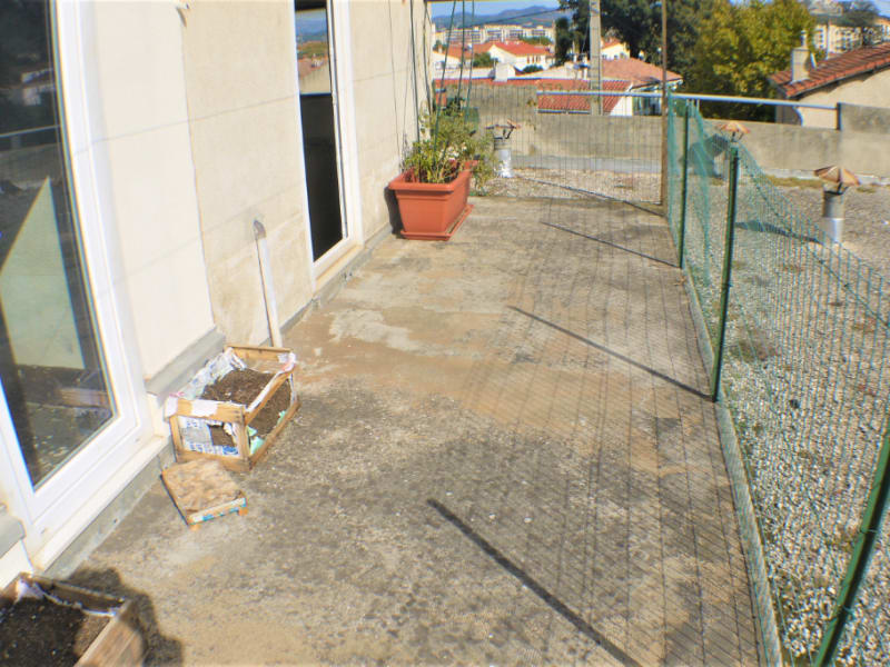 Rental apartment Marseille 9ème 1050€ CC - Picture 12