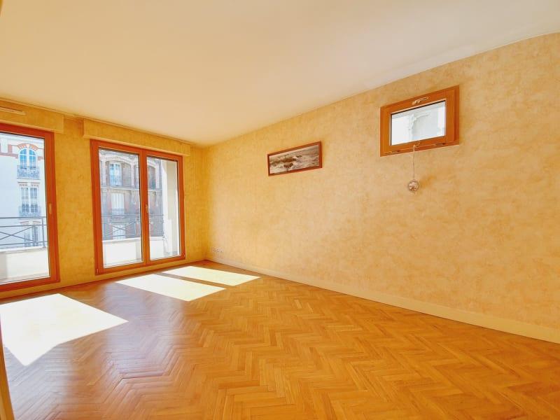 Sale apartment Le raincy 268000€ - Picture 2