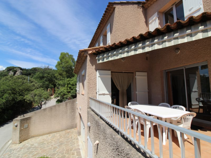 Vente maison / villa Hyeres 634400€ - Photo 2