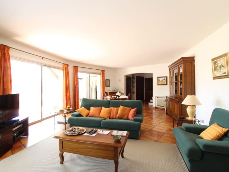 Vente maison / villa Hyeres 634400€ - Photo 4