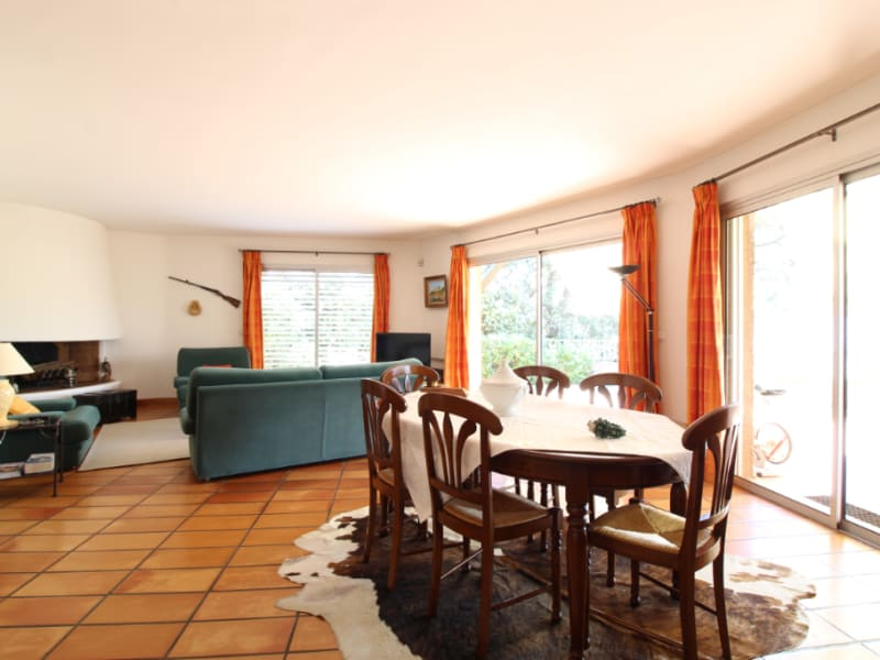 Vente maison / villa Hyeres 634400€ - Photo 5