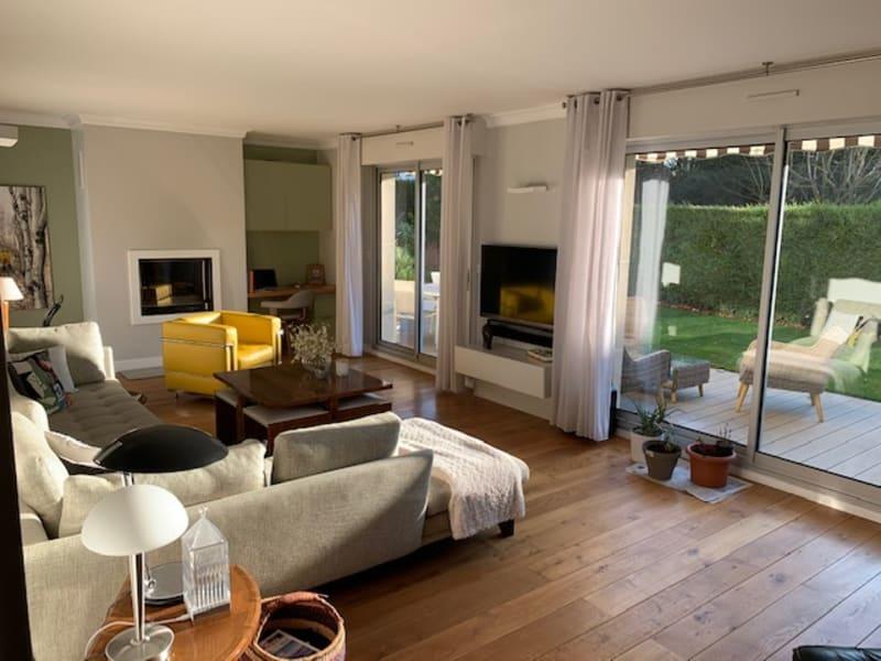 Sale apartment Saint germain en laye 1070000€ - Picture 2