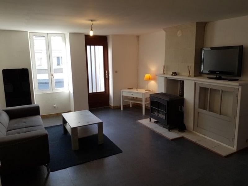 Sale house / villa Lencloitre 98440€ - Picture 2