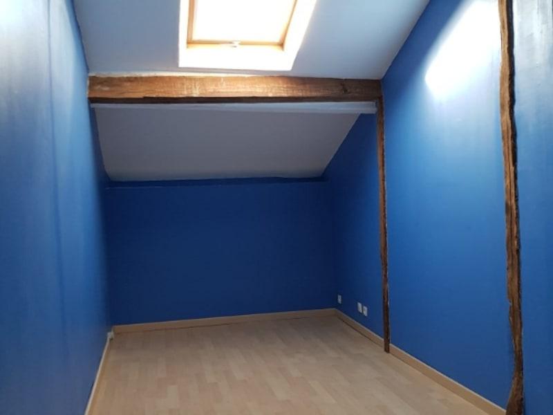 Sale house / villa Lencloitre 98440€ - Picture 5