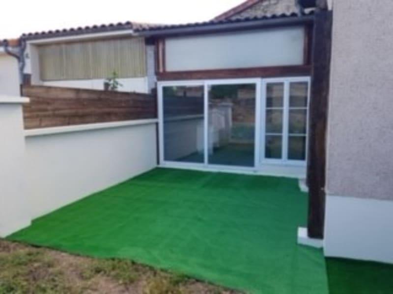 Sale house / villa Lencloitre 98440€ - Picture 6