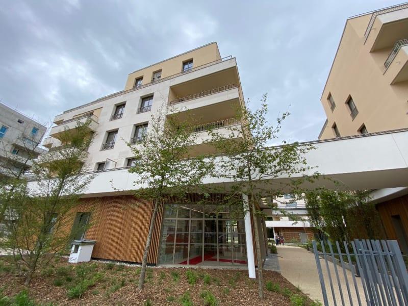 Rental apartment Saint germain en laye 1044€ CC - Picture 1