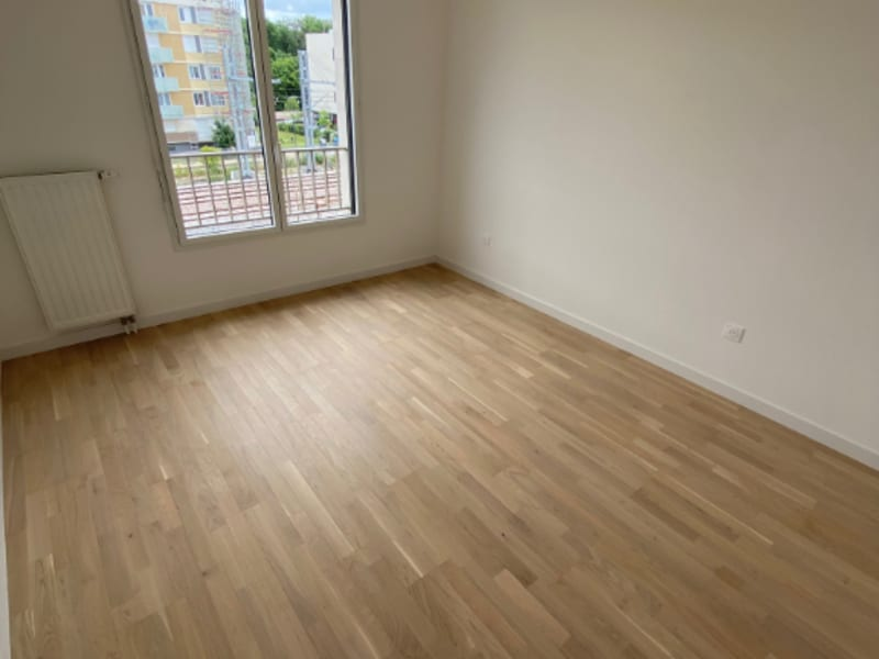 Rental apartment Saint germain en laye 1044€ CC - Picture 9