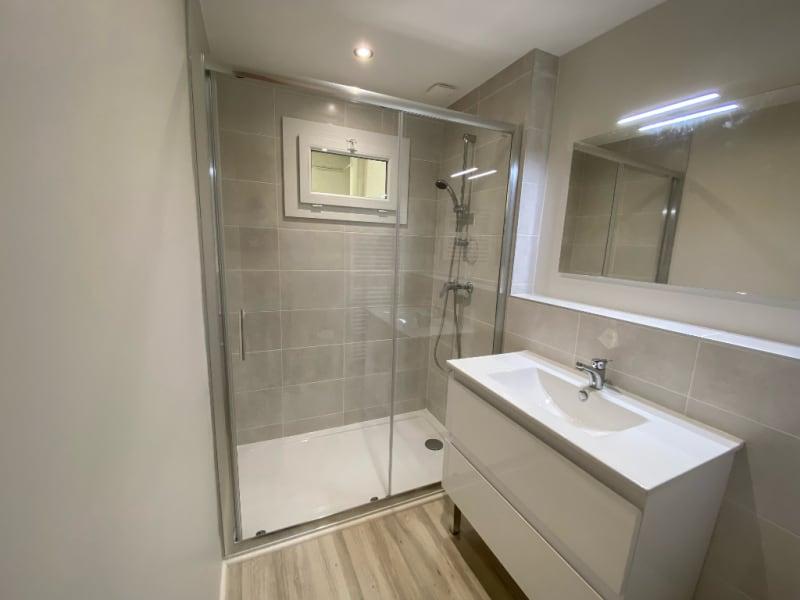 Rental apartment Voiron 545€ CC - Picture 2