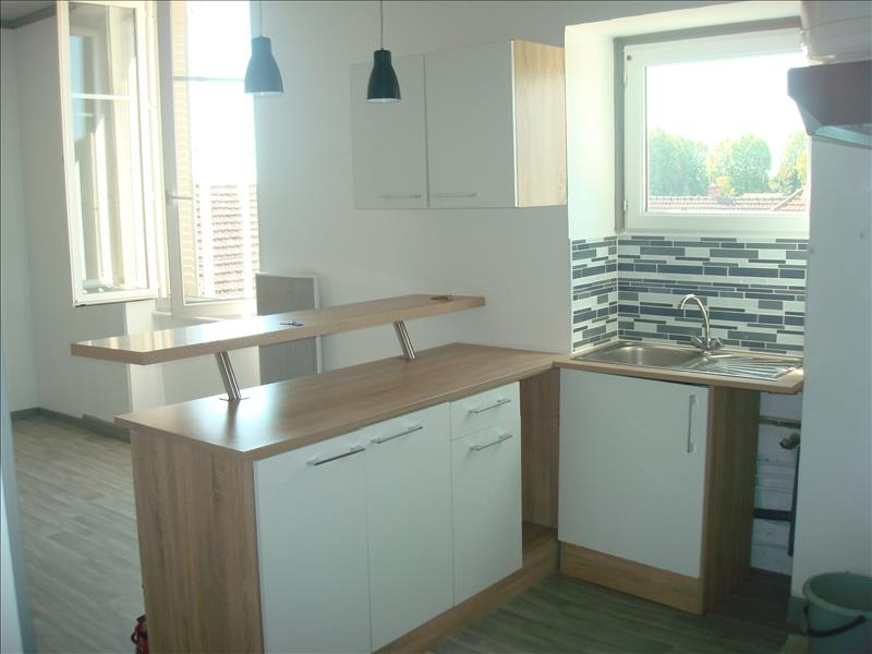Rental apartment Imphy 420€ CC - Picture 5