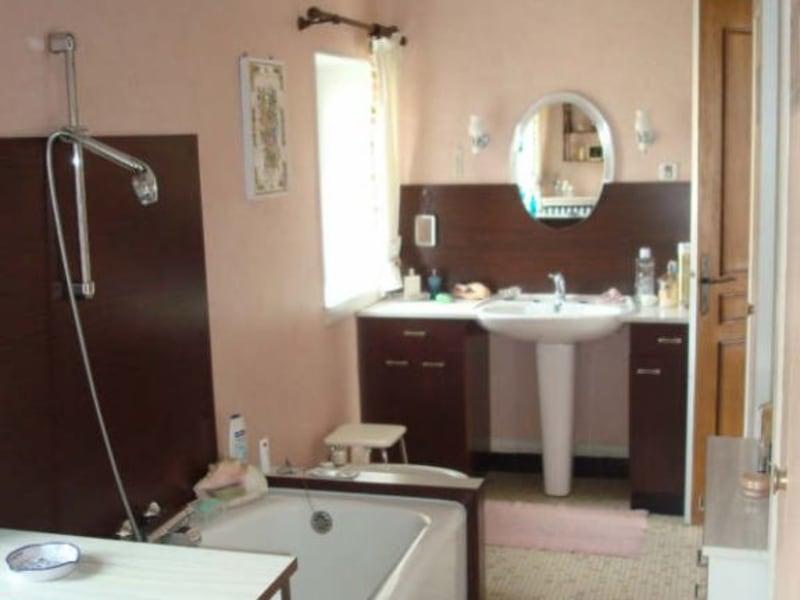 Sale house / villa Guerigny 165000€ - Picture 4