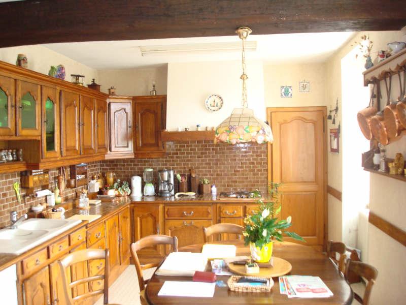 Sale house / villa Guerigny 165000€ - Picture 5