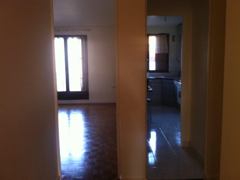 Rental apartment Vanves 1820€ CC - Picture 1