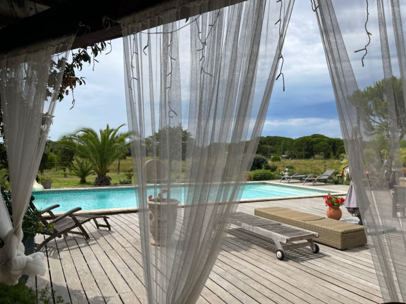 Deluxe sale house / villa Saint laurent d aigouze 1930000€ - Picture 13