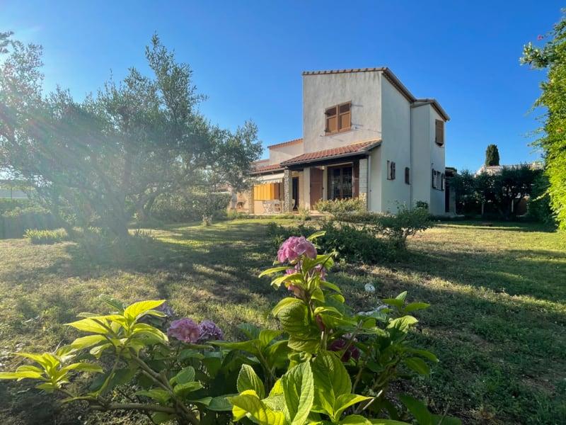 Sale house / villa Le grau du roi 610000€ - Picture 1