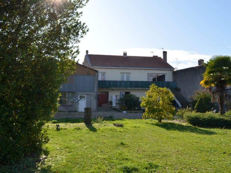 Vente maison / villa Coulonges sur l autize 210800€ - Photo 16