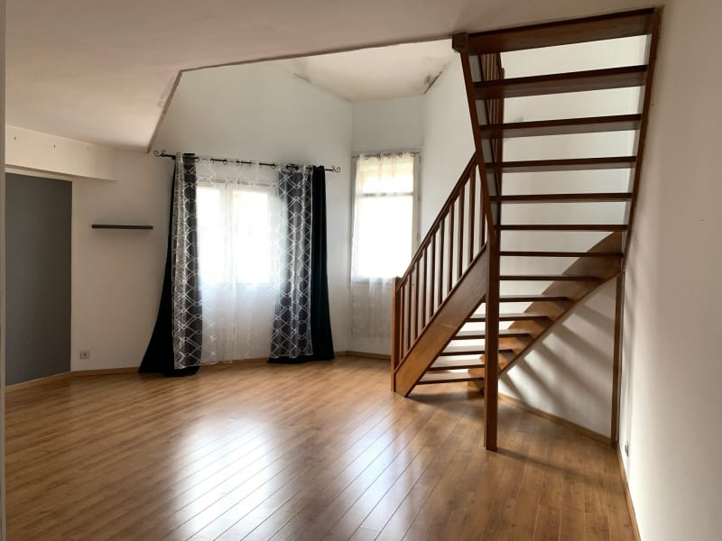 Alquiler  apartamento Montlhéry 695€ CC - Fotografía 3