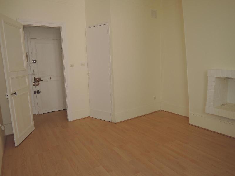 Location appartement Paris 5ème 1128€ CC - Photo 3
