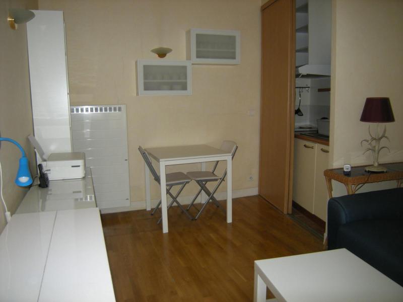Location appartement Paris 5ème 827€ CC - Photo 3