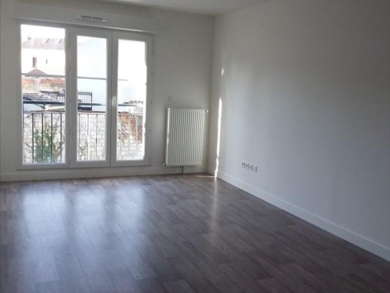 Location appartement Mours 837€ CC - Photo 3