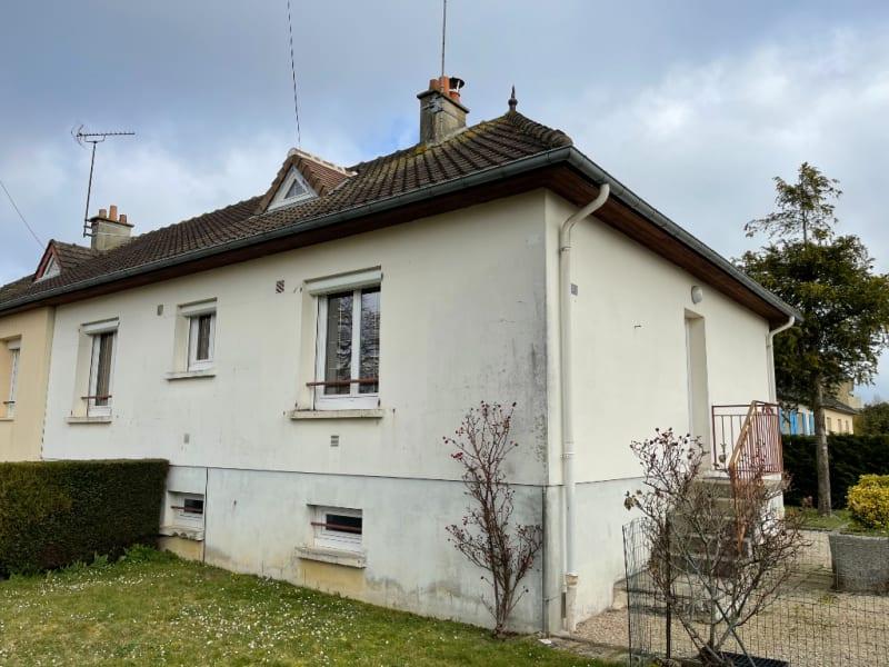 Sale house / villa Falaise 140800€ - Picture 1