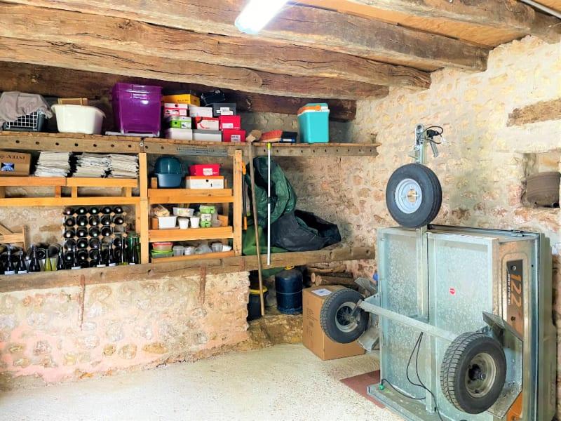 Sale house / villa La villedieu du clain 239900€ - Picture 13