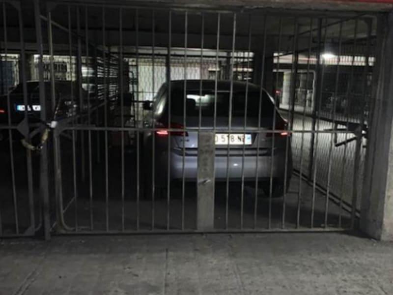 Sale parking spaces Paris 18ème 11000€ - Picture 3