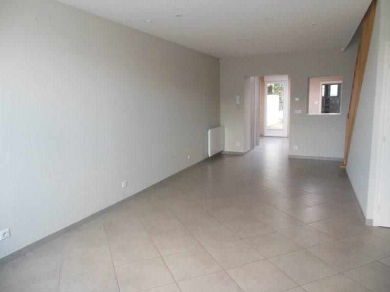 Rental house / villa Laventie 726,48€ CC - Picture 1