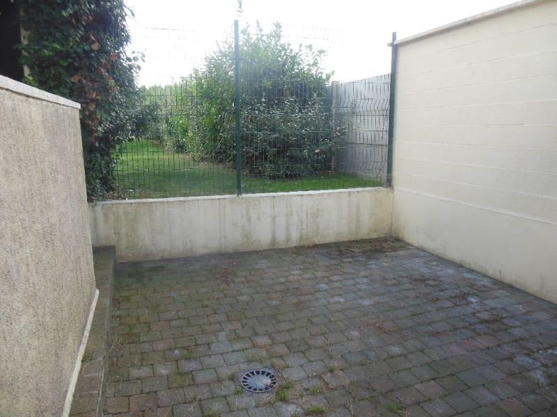 Rental house / villa Laventie 726,48€ CC - Picture 6