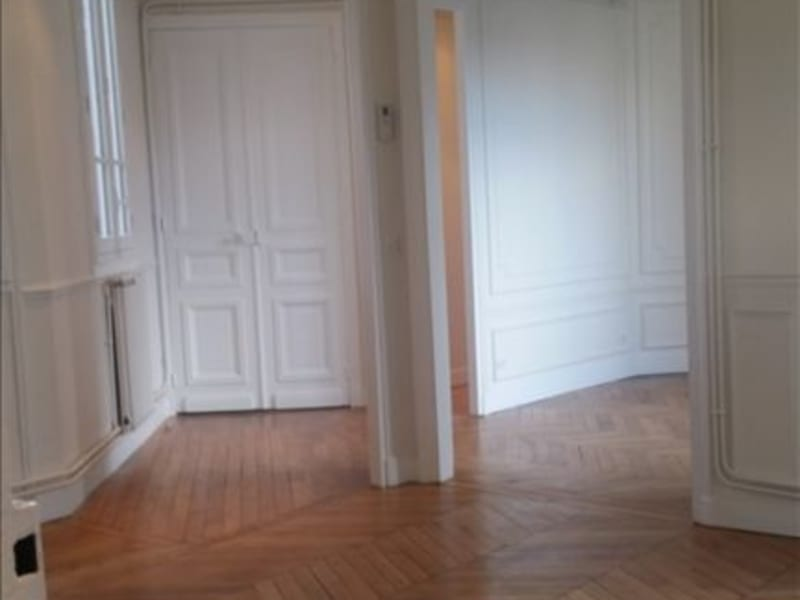 Rental apartment Paris 17ème 2444,26€ CC - Picture 2
