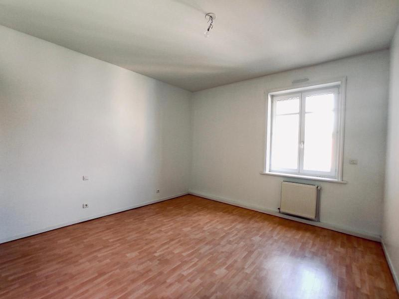 Rental apartment St omer 1350€ CC - Picture 3