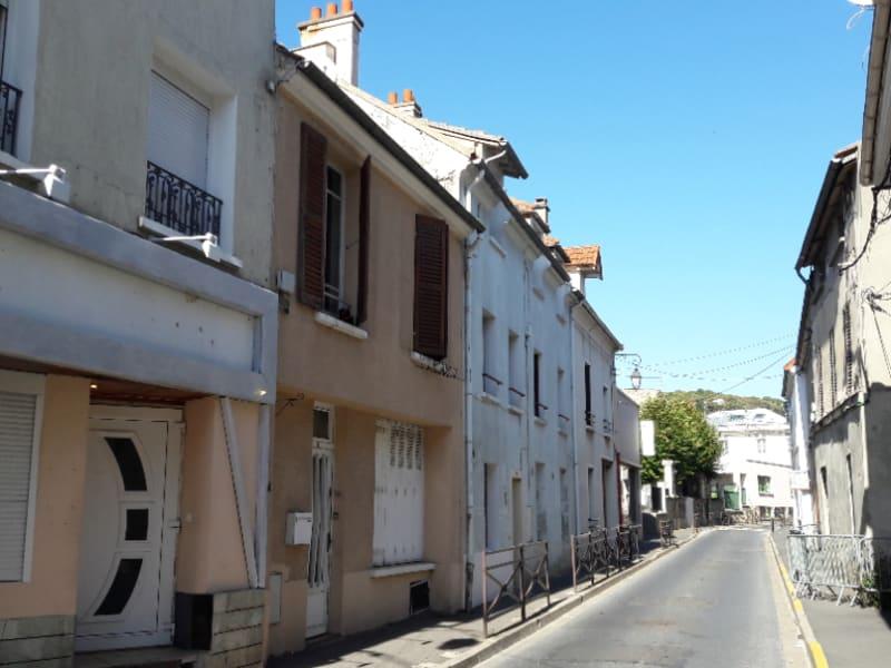Sale apartment St leu la foret 125000€ - Picture 1