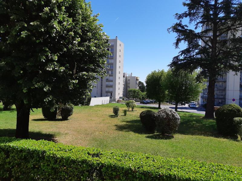Location appartement Villefranche sur saone 644€ CC - Photo 3