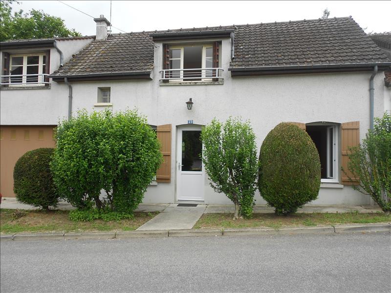 Location maison / villa Louan villegruis fontaine 647€ CC - Photo 1