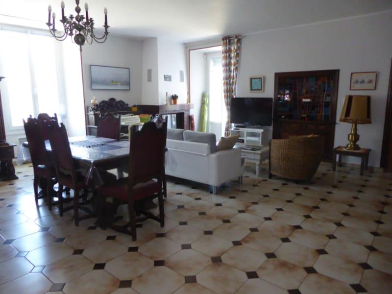 Verkauf wohnung Le palais 482850€ - Fotografie 3